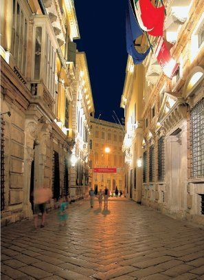 TSR_Via-Garibaldi-in-genova